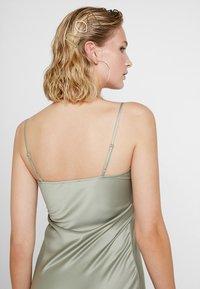 Warehouse - CAMI SLIP DRESS - Vestido informal - khaki - 3