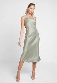 Warehouse - CAMI SLIP DRESS - Vestido informal - khaki - 1