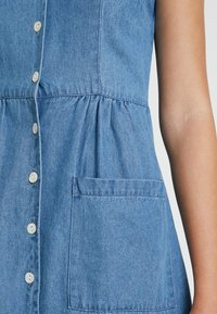 Warehouse - STRAPPY BUTTON THROUGH DRESS - Maxi dress - mid wash - 6