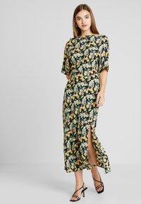 Warehouse - COWL FLORAL SPLIT DRESS - Maxi dress - multi - 0