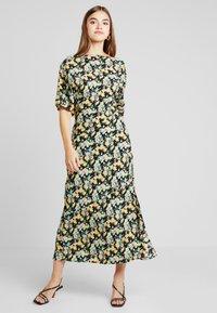 Warehouse - COWL FLORAL SPLIT DRESS - Maxi dress - multi - 2