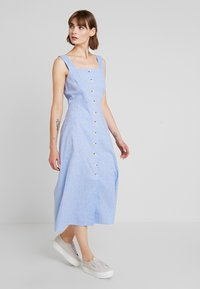 Warehouse - CHAMBRAY DRESS - Day dress - light blue - 1