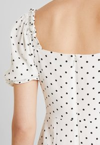 Warehouse - SPOT PRARIE DRESS - Day dress - ivory base - 5