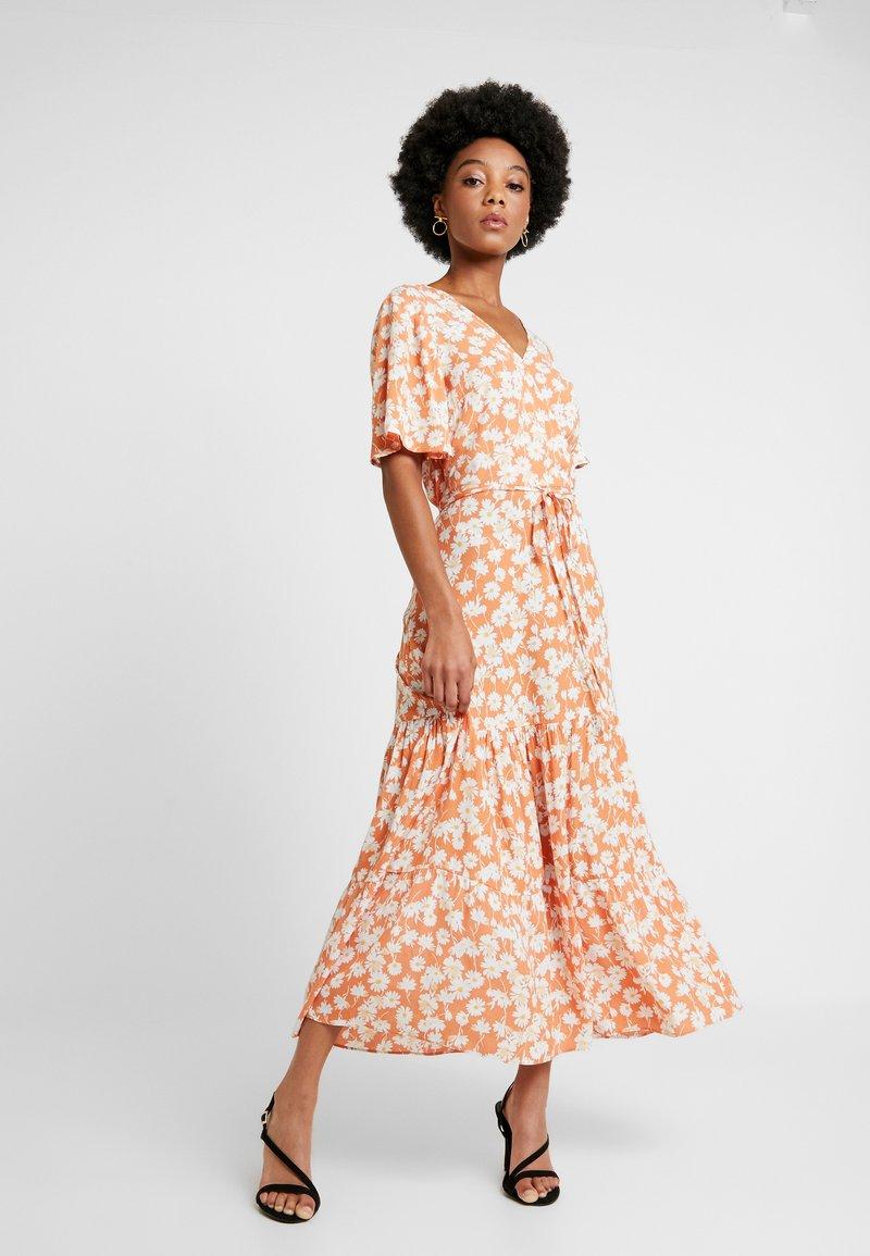 Warehouse - DAISY TIERED DRESS - Maxi dress - orange