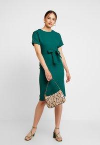 Warehouse - CRINKLE DRESS - Day dress - green - 1
