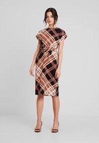 Warehouse - CHECK SOFT SHIFT DRESS - Kjole - multi - 1