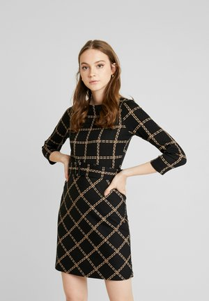 CHECK PONTE DRESS - Žerzejové šaty - black