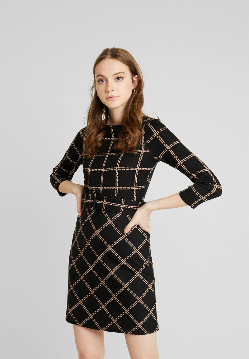 Warehouse - CHECK PONTE DRESS - Jersey dress - black