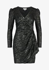 Warehouse - BURNOUT WRAP DRESS - Sukienka koktajlowa - green - 5