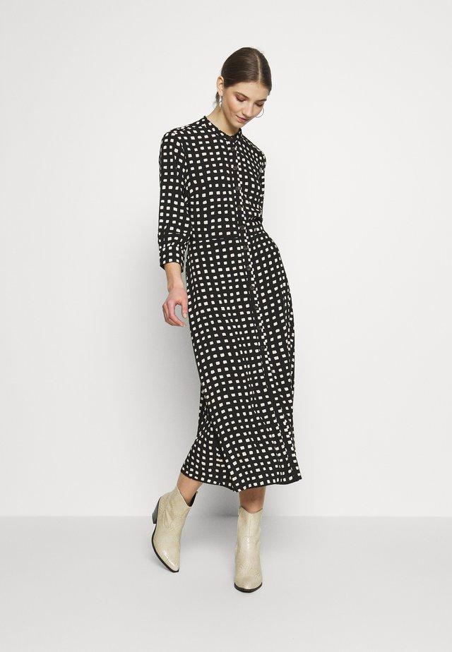MONO SQUARE MIDI DRESS - Denní šaty - black