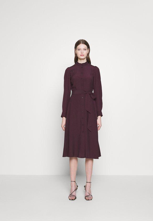 RUFFLE NECK MIDI DRESS - Shirt dress - berry