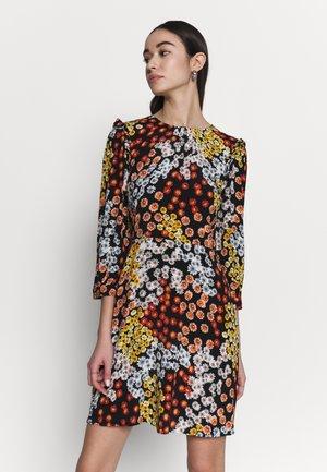 CUTABOUT RUFFLE MINI DRESS - Korte jurk - black