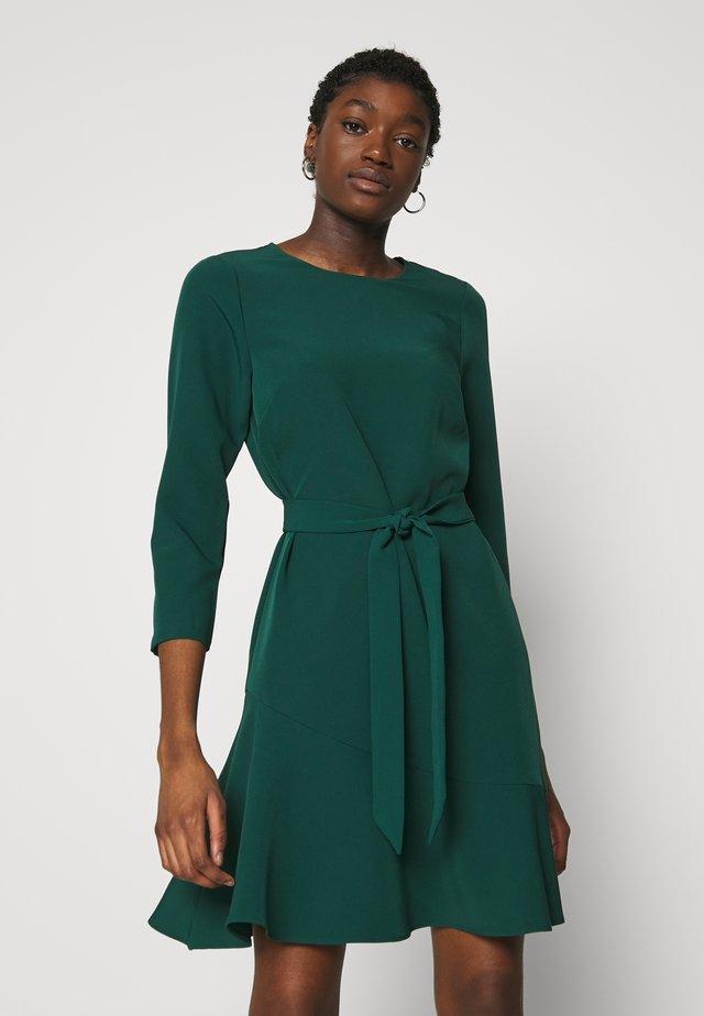 FRILL HEM DRESS - Denní šaty - green