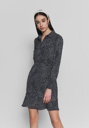 KIKA MOVEMENT MINI DRESS - Skjortekjole - black