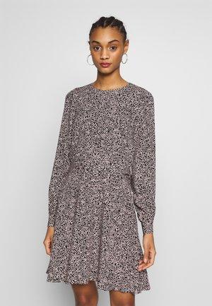 MINI BELTED FLIPPY DRESS - Day dress - black/pink