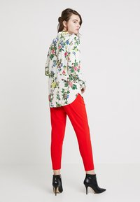 Warehouse - VERITY FLORAL - Overhemdblouse - ivory - 2