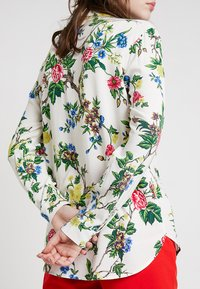 Warehouse - VERITY FLORAL - Overhemdblouse - ivory - 5
