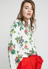 Warehouse - VERITY FLORAL - Overhemdblouse - ivory - 3
