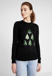 Warehouse - CHRISTMAS TREE JUMPER - Jumper - black - 0