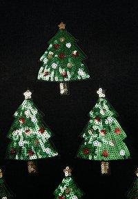 Warehouse - CHRISTMAS TREE JUMPER - Jumper - black - 4