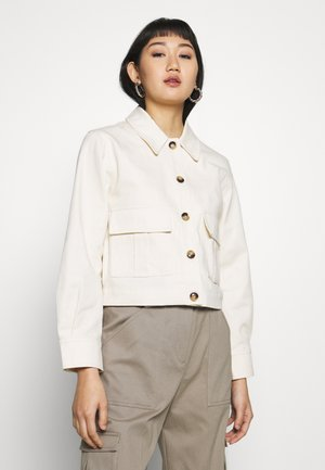 POCKET SHACKET - Lett jakke - ivory