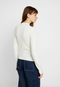 Warehouse - WAVE POINTELLE JUMPER - Trui - ivory - 2