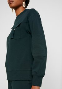 Warehouse - UTILITY - Sweatshirt - green - 4
