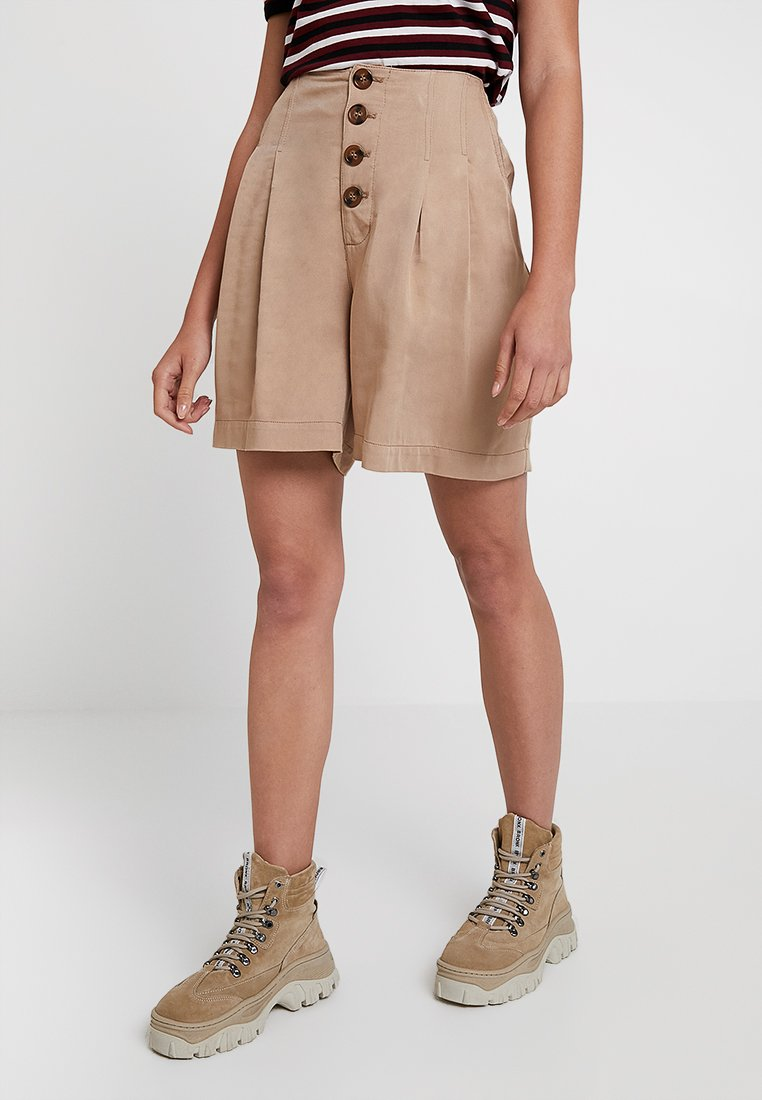 Warehouse - PLEATED BUTTON THROUGH - Shorts - stone