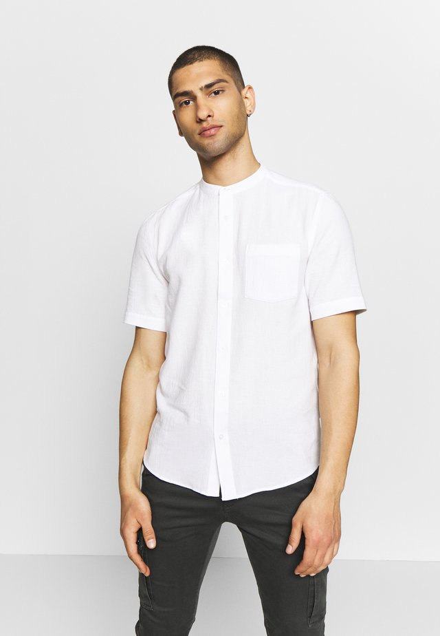 GRANDAD COLLAR TEXTURED - Koszula - white