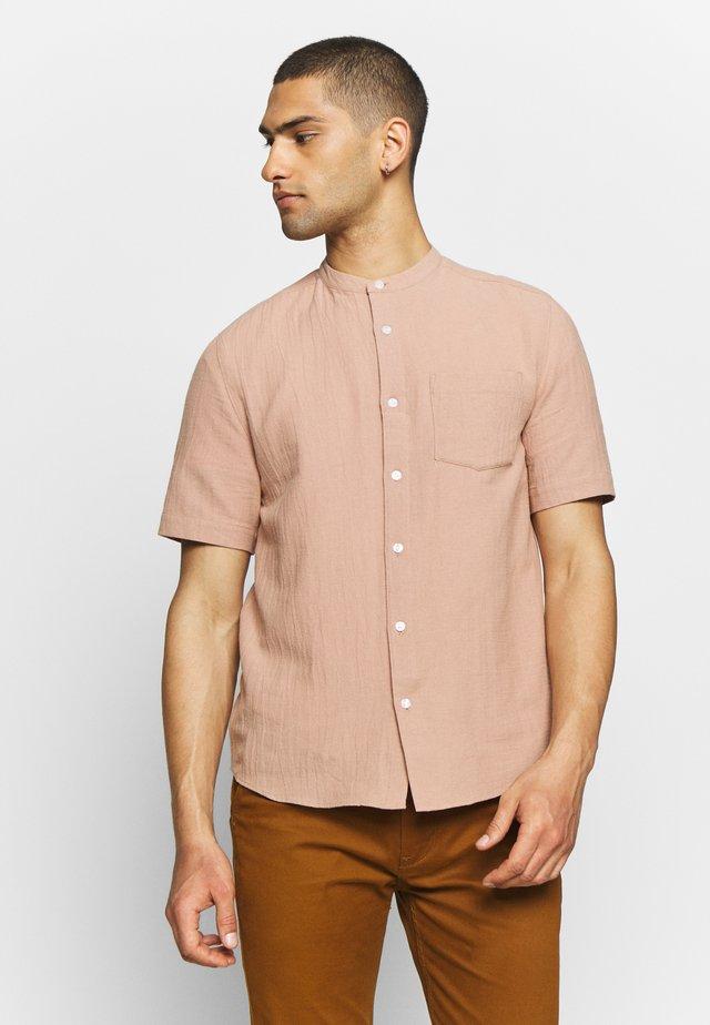 GRANDAD COLLAR TEXTURED - Shirt - pink