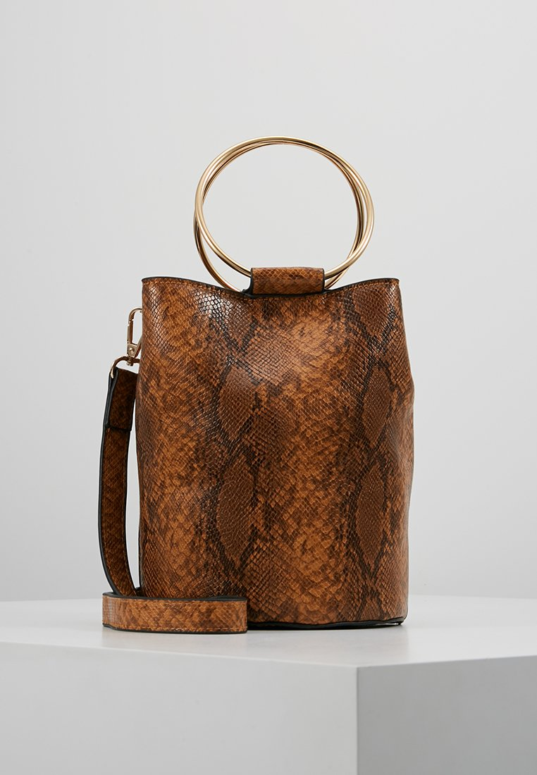 Warehouse - SNAKE RING DETAIL BUCKET BAG - Handbag - brown