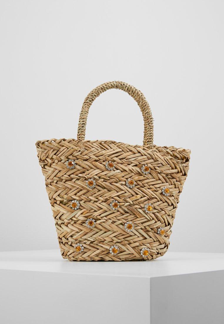 Warehouse - SHRIMPS JEWELLED BUCKET BAG - Handtasche - natural