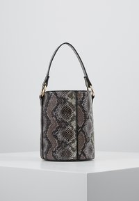 Warehouse - SNAKE BUCKET BAG - Kabelka - brown - 2