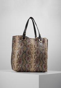 Warehouse - SNAKE EYELET SHOPPER - Bolso shopping - brown - 0