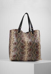 Warehouse - SNAKE EYELET SHOPPER - Bolso shopping - brown - 2