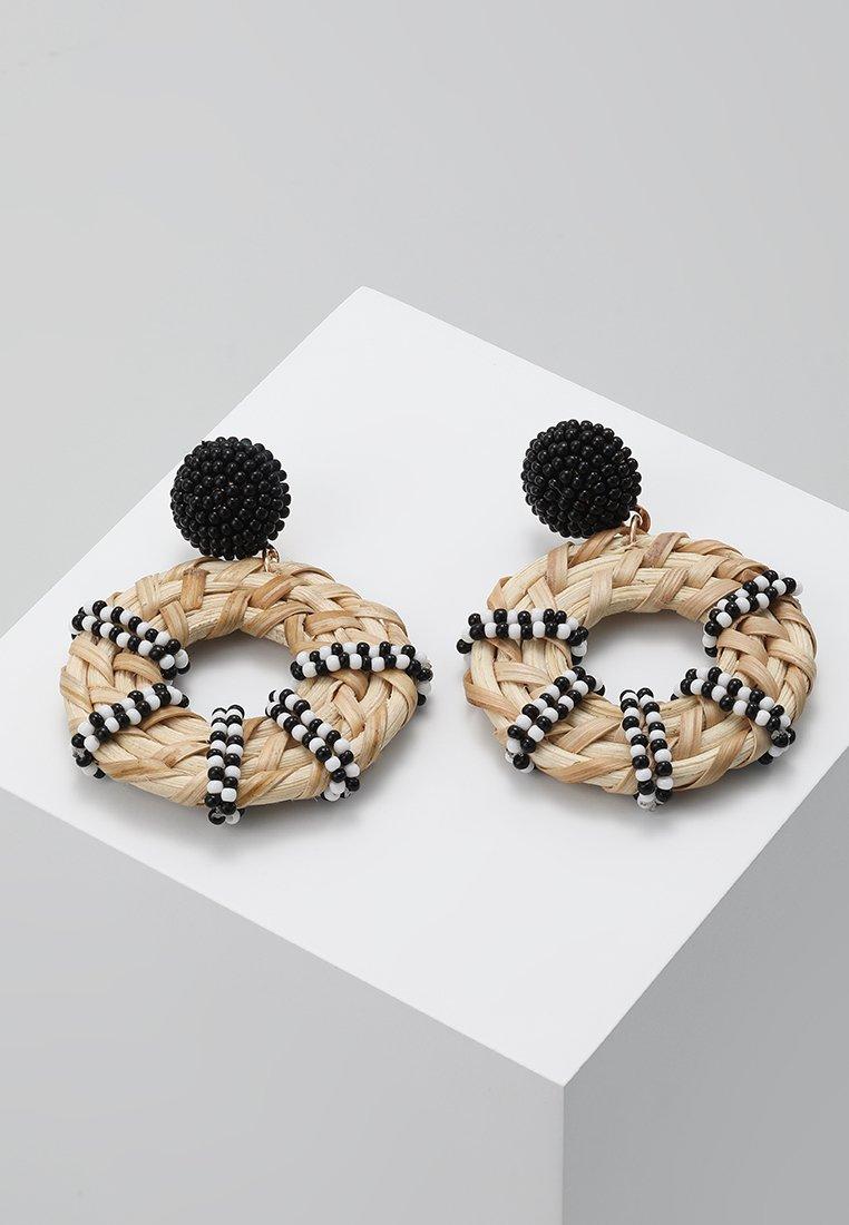 Warehouse - SEEDBEAD WRAP WICKER DROPS - Ohrringe - black/white