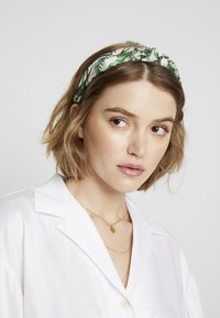 Warehouse - TROPICAL KNOT - Hair Styling Accessory - green - 1