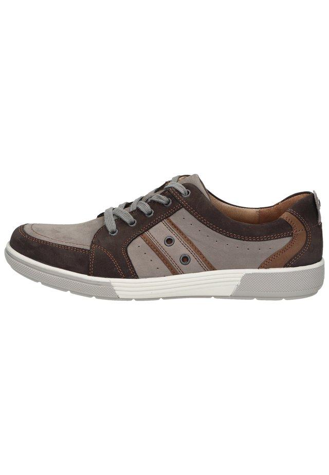 Sneakers laag - nuba pietra sienna 979