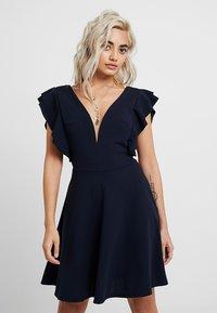 WAL G PETITE - EXCLUSIVE V NECK FRILL SLEEVE MINI DRESS - Jersey dress - navy - 0