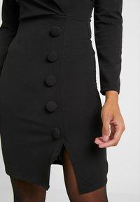 WAL G PETITE - WRAP PLUNGE DRESS - Shift dress - black - 6