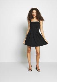 WAL G PETITE - SQUARE NECK SHOULDERS DRESS - Denní šaty - black - 1