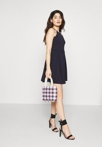 WAL G PETITE - HALTER NECK SCALOP DRESS - Denní šaty - navy - 1