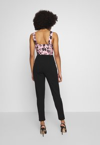 WAL G PETITE - PRINTED TOP - Overall / Jumpsuit - black/pink - 2