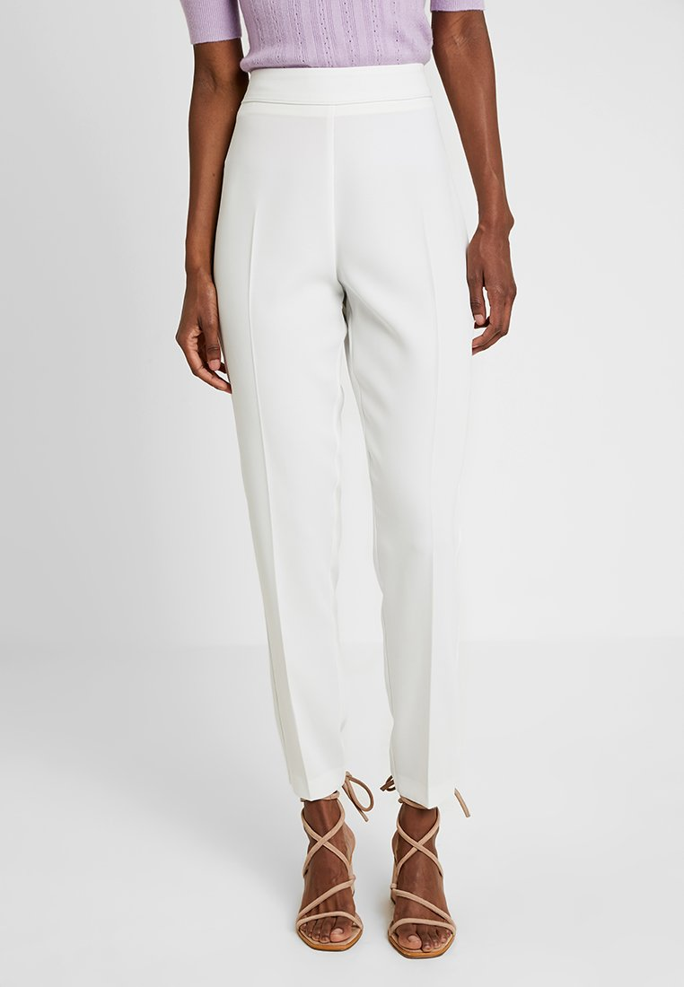 Wallis Tall - TAPERED TROUSER - Trousers - ivory