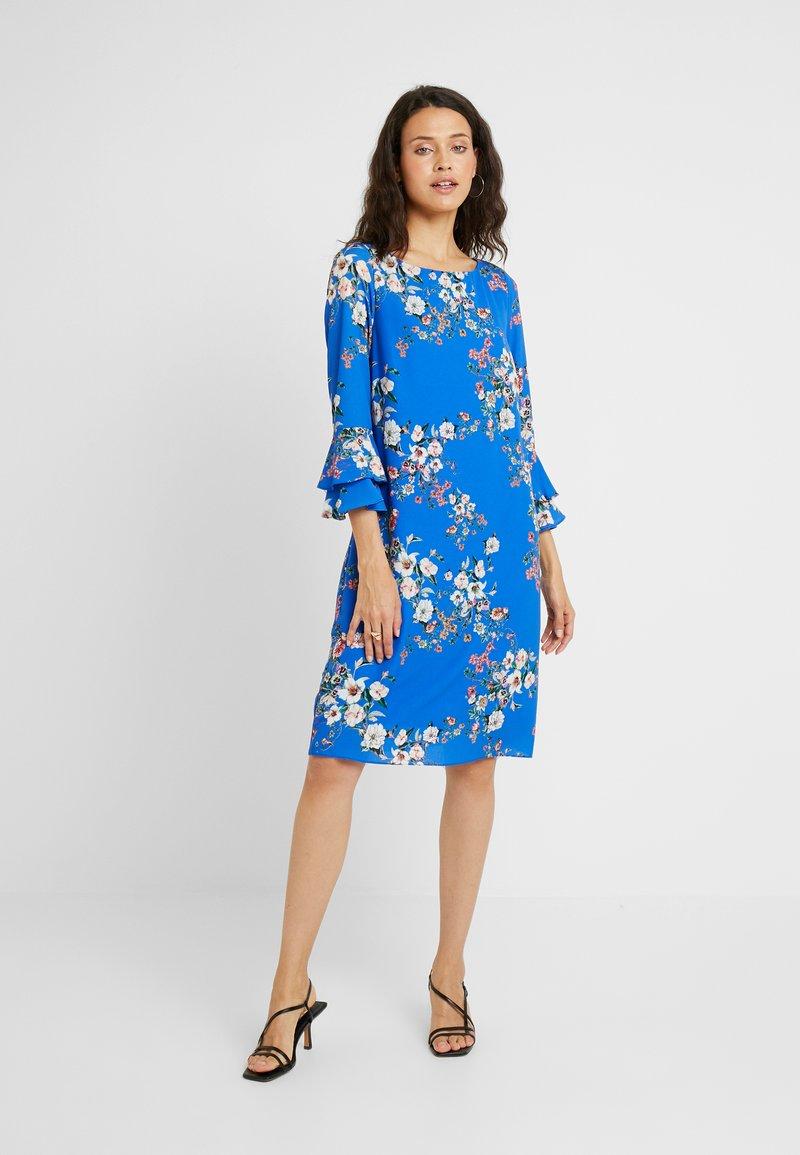 Wallis Tall - BOTANICAL MYKONOS DRESS - Denní šaty - blue