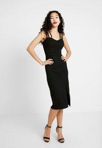 WAL G TALL - Pouzdrové šaty - black - 0