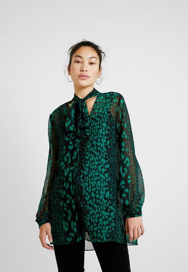 ANIMAL TIE NECK DRESS - Skjorta - green