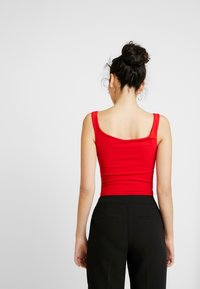 WAL G TALL - Top - red - 2
