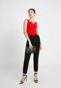 WAL G TALL - Top - red - 1
