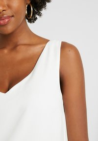 Wallis Tall - V NECK - Blouse - ivory - 5